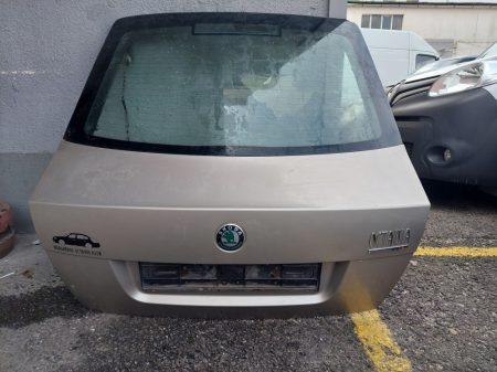 Skoda Octavia II csomagtérajtó üveggel sedan
