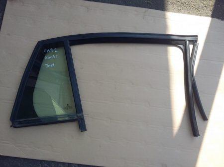 Skoda Fabia II kombi fix üveg hátsó ajtóba